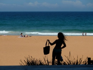 Shaking  the sand off, Bilgola Beach