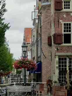 Delft, canalside