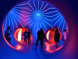 Mirazozo- purple highlights inflatable light show, Sydney