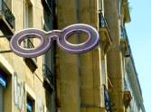 purple spectacles, Paris